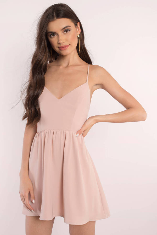 6 Tips to Select the Perfect Skater Dress